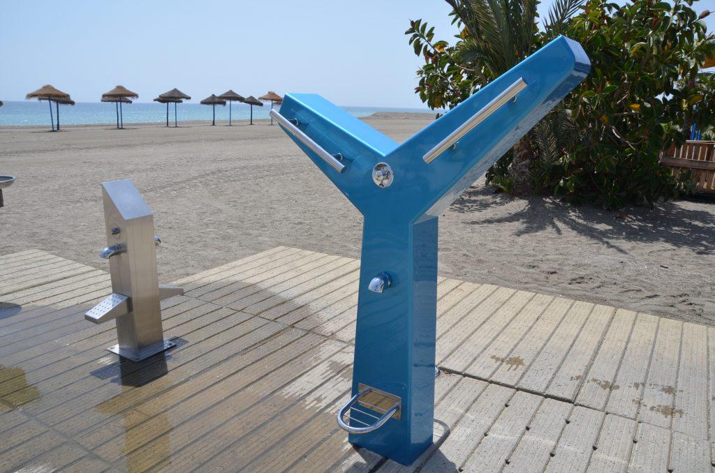 Tipos de mobiliario urbano para playas 9