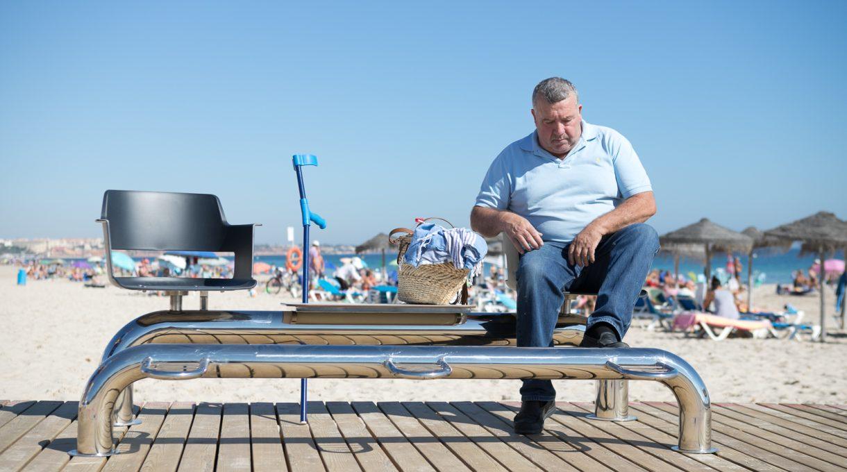 Tipos de mobiliario urbano para playas 10