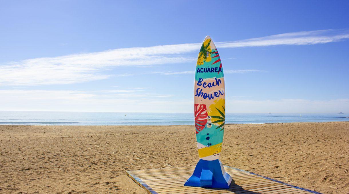 ducha de playa surf