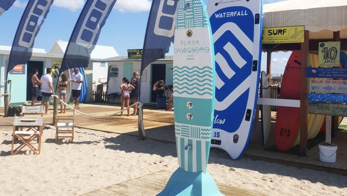 Ducha de surf personalizada en Camposoto, Cádiz 3